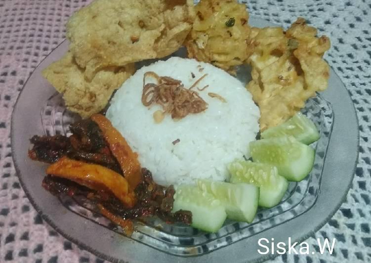 Nasi Uduk Rice Cooker