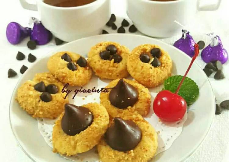 Kukis kacang coklat
