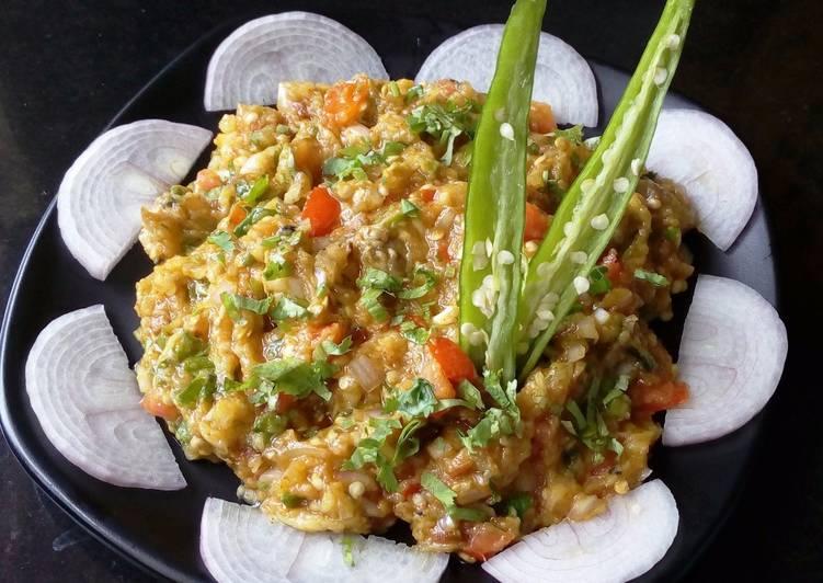 Smoky Baingan Bharta / Eggplant bharta / smoked eggplant mashed