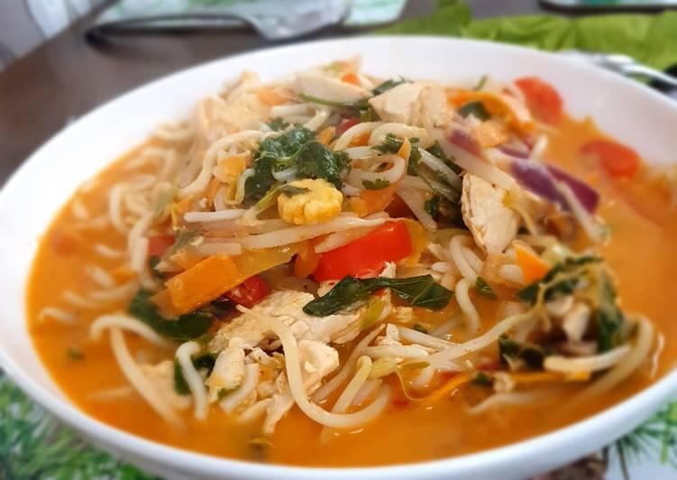 How to Prepare Delicious Red thai ramen
