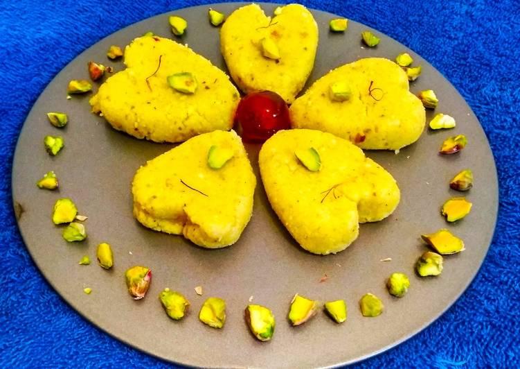 30 Minute Recipe of Cooking Kesar pista sandesh
