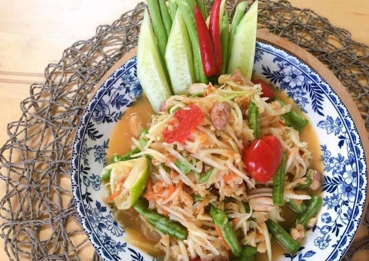 Thai Green Papaya Salad Recipe • SomTam Salad Sauce Recipe | ThaiChef food