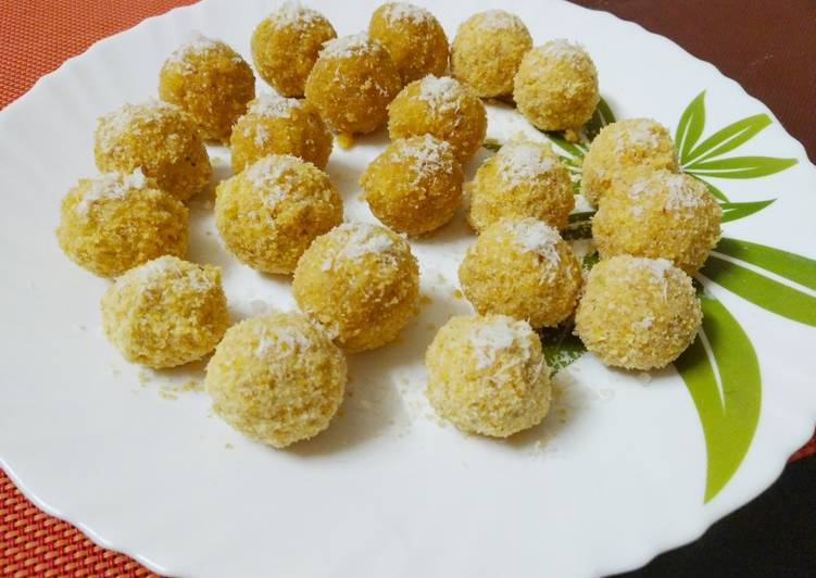 Moong dal rava laddu