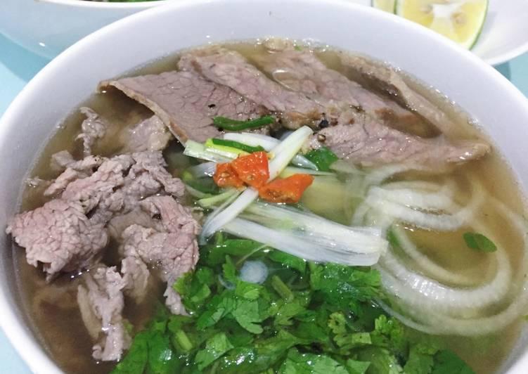 Quán ăn, ẩm thực: Quán Phở Ngon Quận 3 Ph%E1%BB%9F-bo-tai-chin-recipe-main-photo