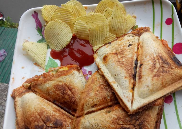 10 Minute Steps to Make Award Winning Grilled vegetable cheese sandwich!