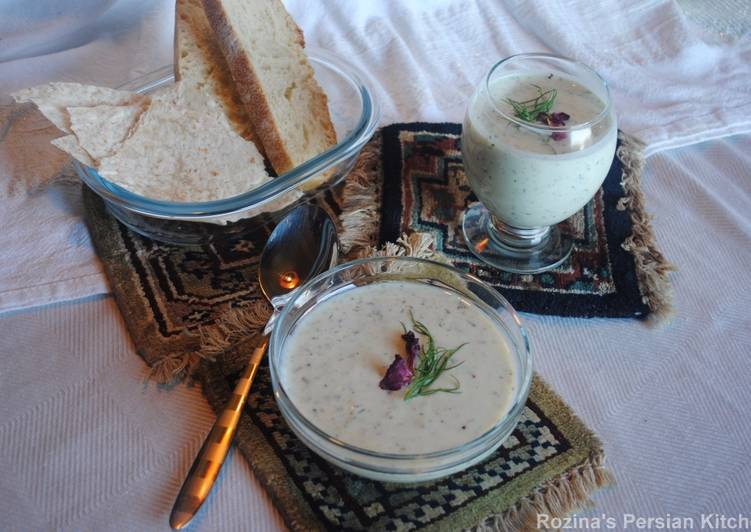 Recipe of Ultimate Cucumber soup with yogurt, raisins and walnut (Aab- dogh khiar)