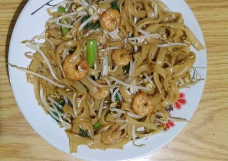 Resep Kwetiaw Goreng Seafood Spesial Paling Enak