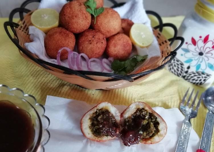 Tamarind lava samolina and peas patice