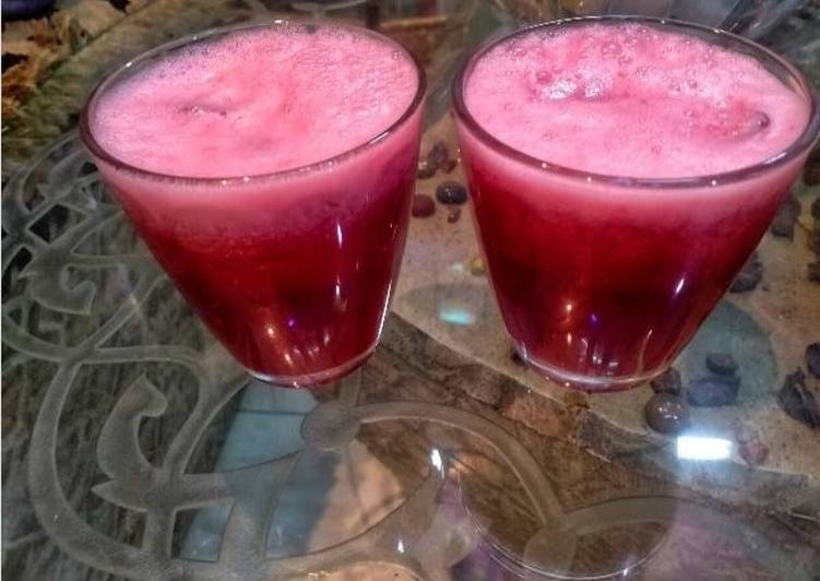 Steps to Make Speedy Pomegranate juice