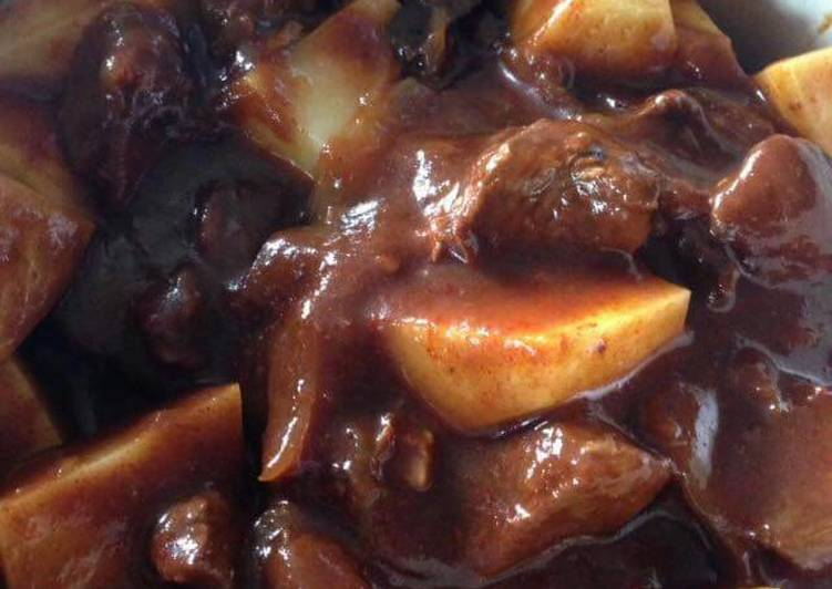 Recipe: Delicious Sw beef and potato massaman curry