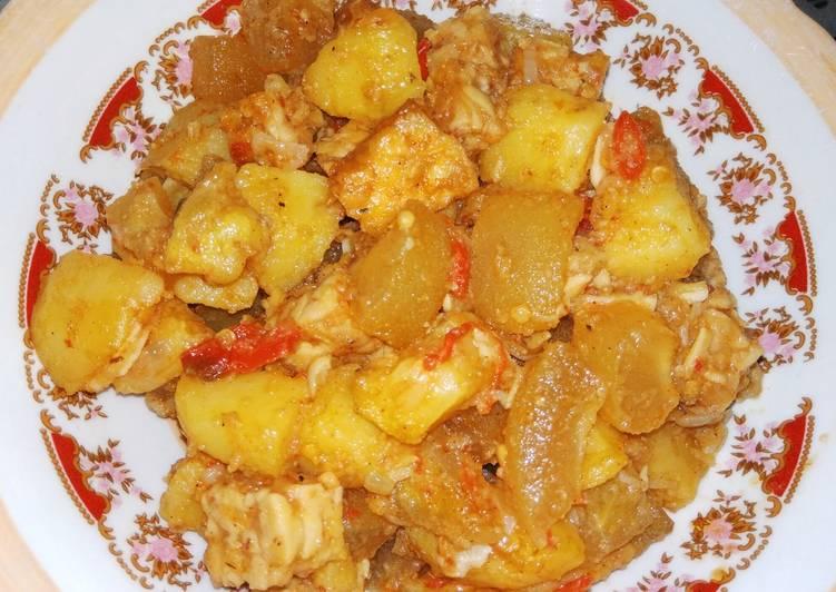 Sambel goreng cecek kentang tempe