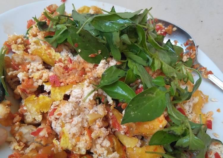 Sambel bawang putih (Tempe tahu) super irrrrit!