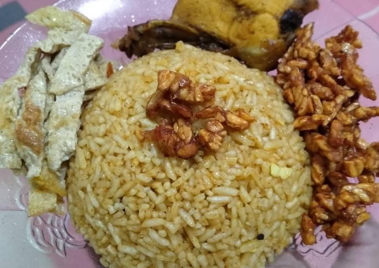 Nasi kebuli ricecooker