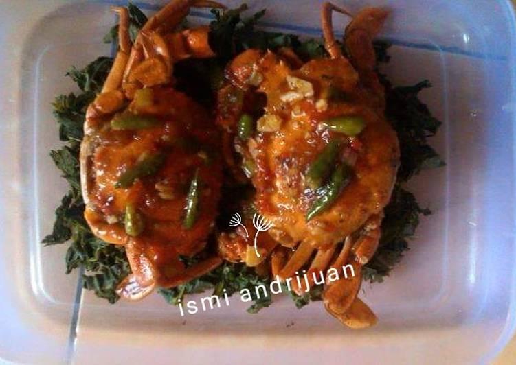Kepiting daun singkong saus asam manis pedas - cookandrecipe.com
