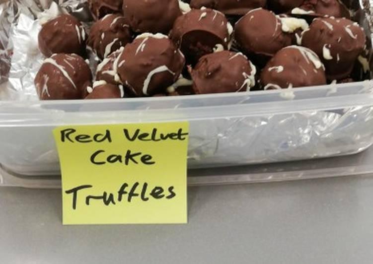 Red velvet cake truffles