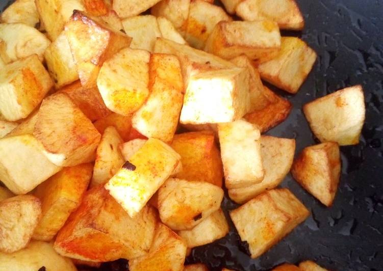 Recipe: Appetizing Shallow fried egg yellow color potatoes