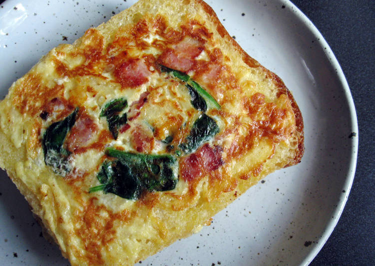 How to Make Homemade Quick & Toasty Bacon Quiche