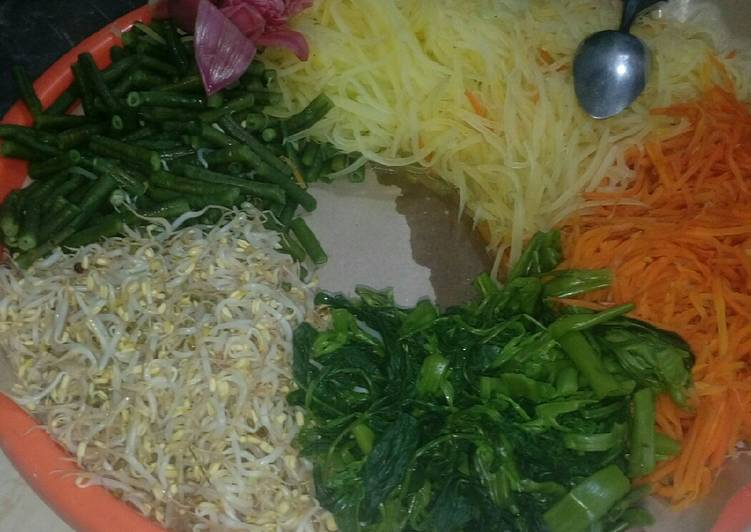 Pecel sayur sayuran