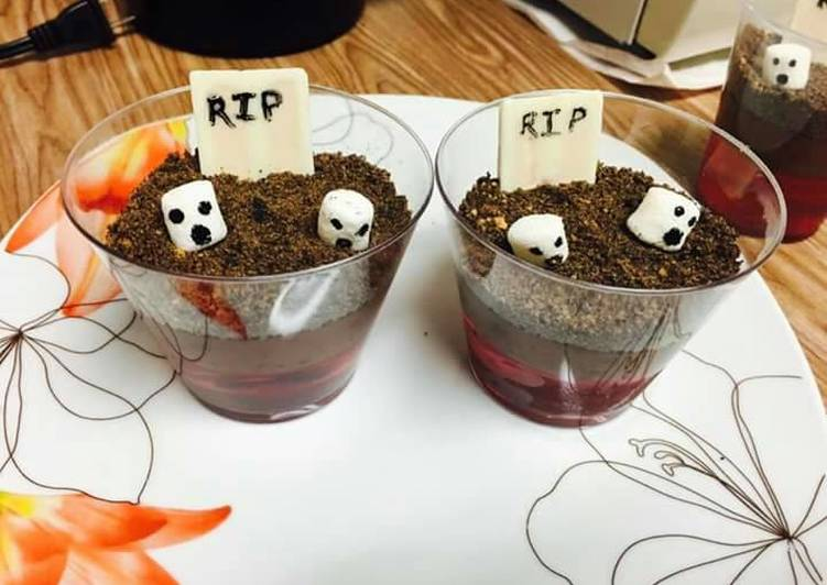Graveyard Dirtcups