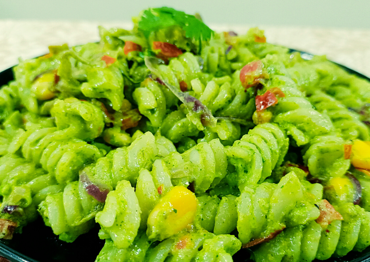 Recipe: Appetizing Creamy green mayonnaise pasta