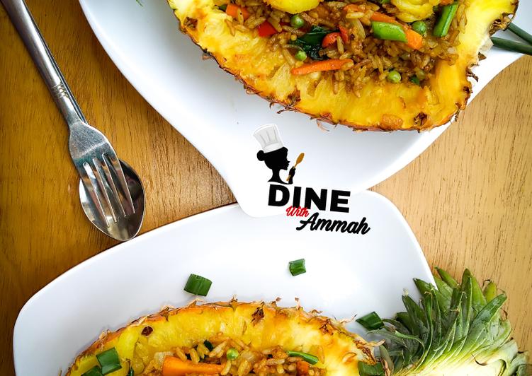 Pineapple Thai fried rice