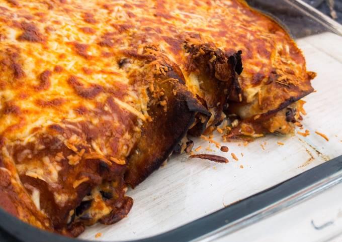 Vegetarische Enchiladas mit Bohnen