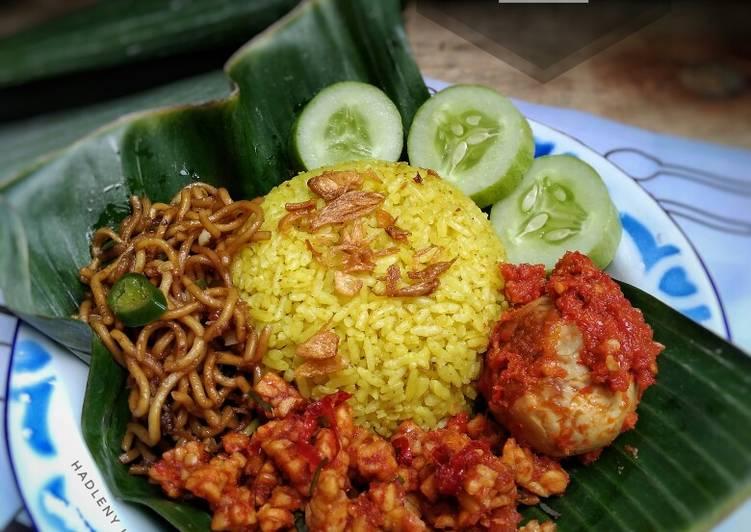 Nasi Kuning Bumbu Kebuli