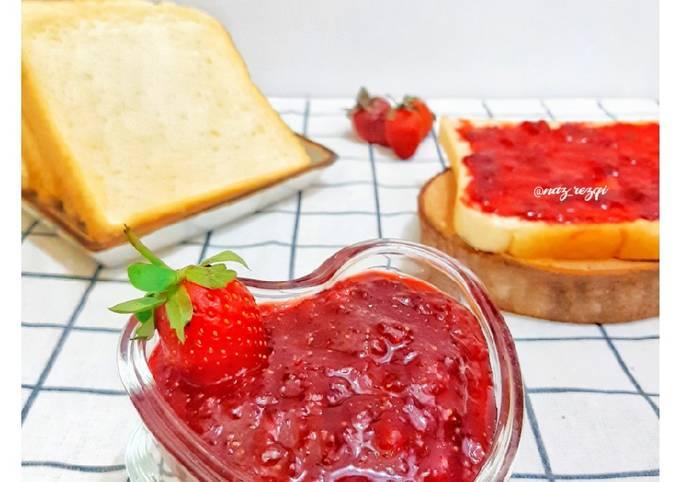 Selai Strawberry