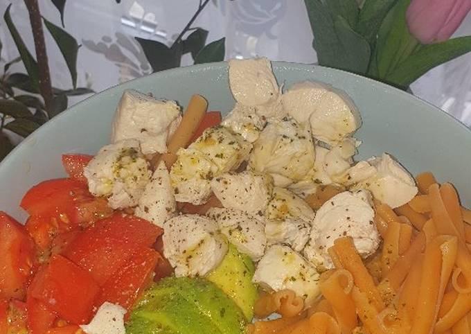 Nudelsalat-Bowl