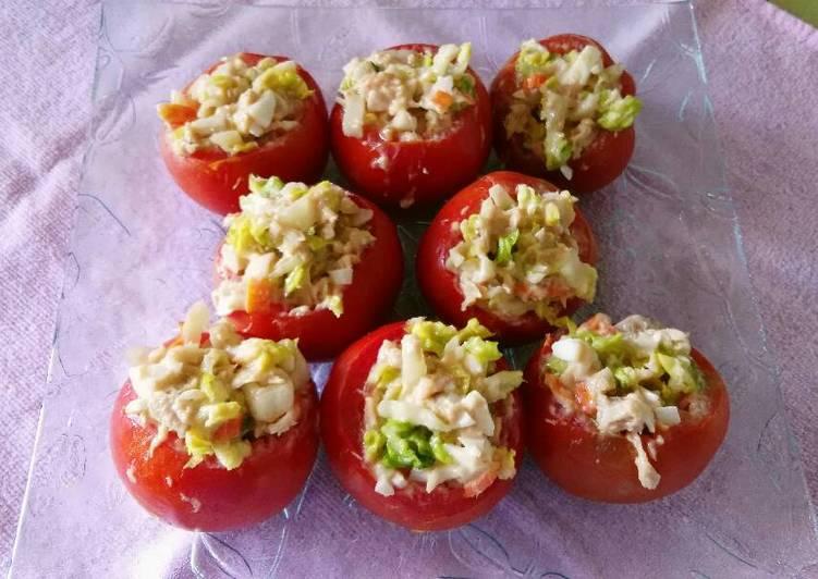Calorias huevos rellenos de atun y tomate