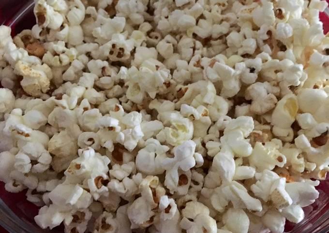Sweet & Salty Homemade Popcorn