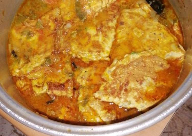 What are some Dinner Ideas Love Egg Omlate with Tomato Curry