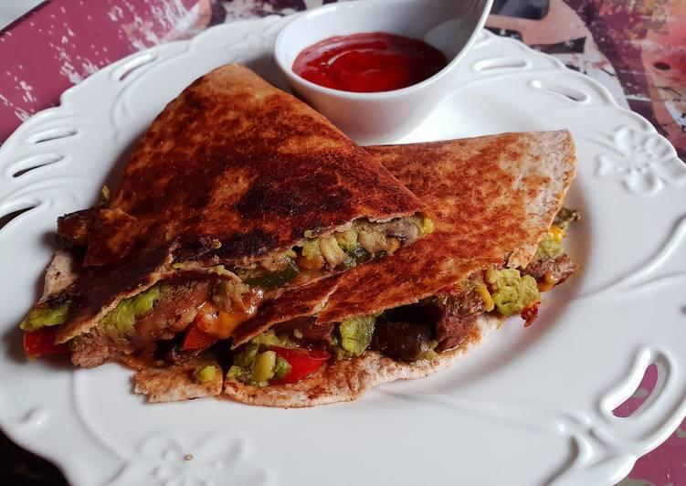 5-Ingredient Cheesesteak & Avocado quesadilla