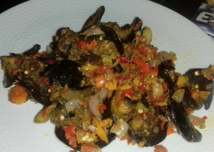 Easiest Way to Make Homemade Fried snail with pepper sauce