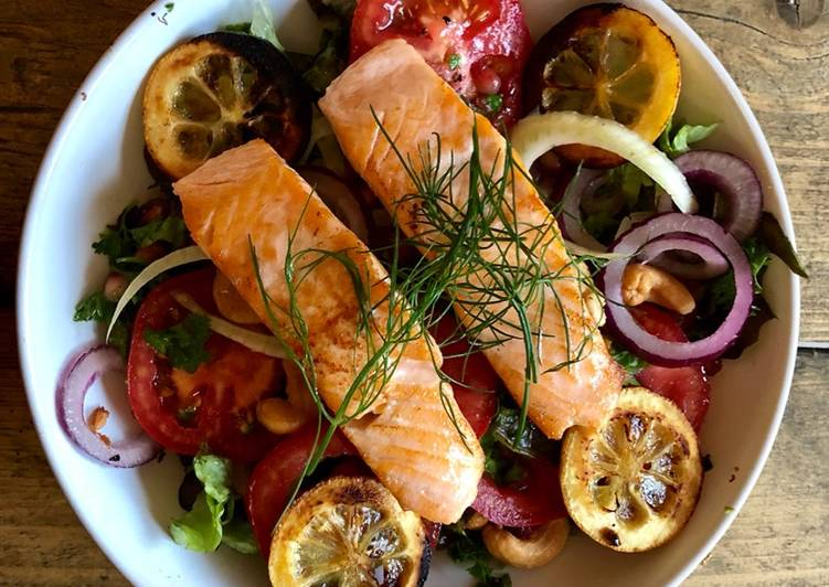 Recipe: Yummy Roast Lemon, Tomato, Fennel and Salmon Salad