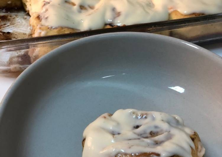 Soft Cinnamon Rolls with Cream Cheese Frosting