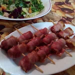 Salchichas con bacon (microondas)