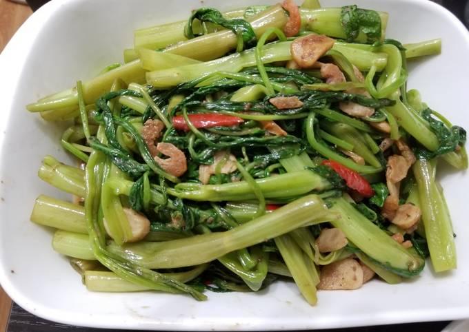 Malaysian Stir Fry Water Spinach with Shrimp Paste 馬來西亞蝦醬炒通菜