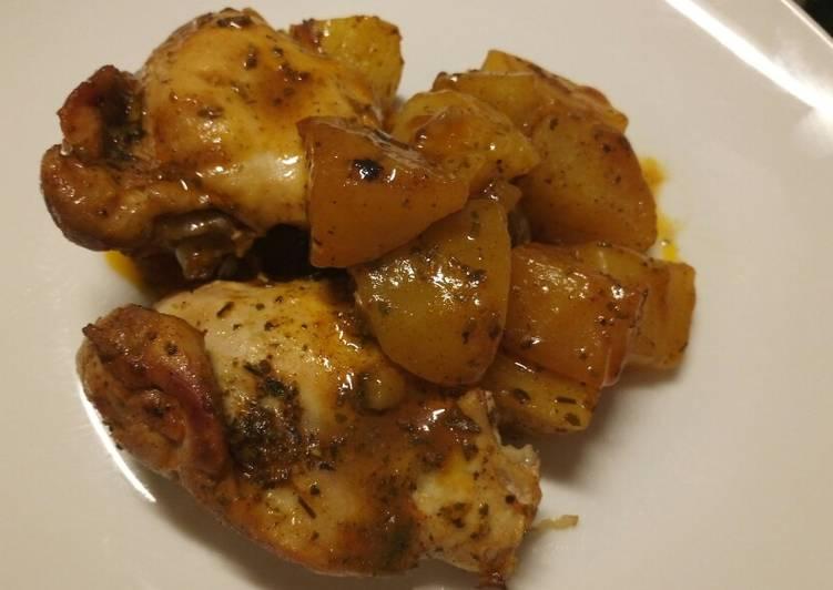 Garlic, herbs and paprika chicken roast