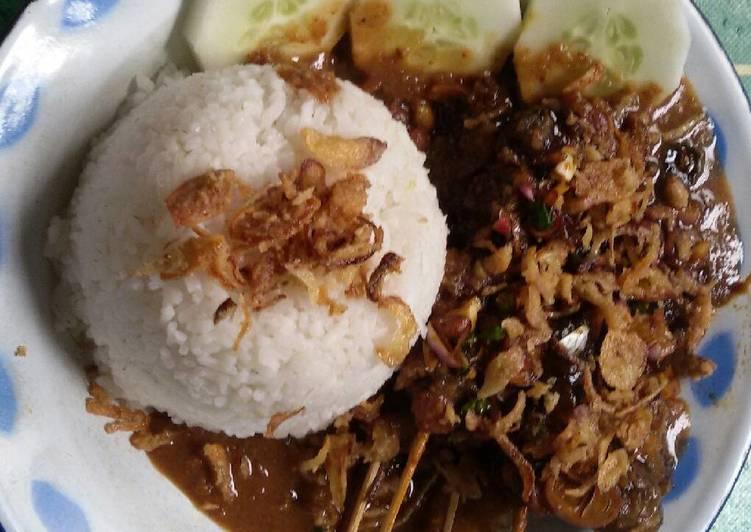 Sate Kuah Kacang a.k.a Sate Madura