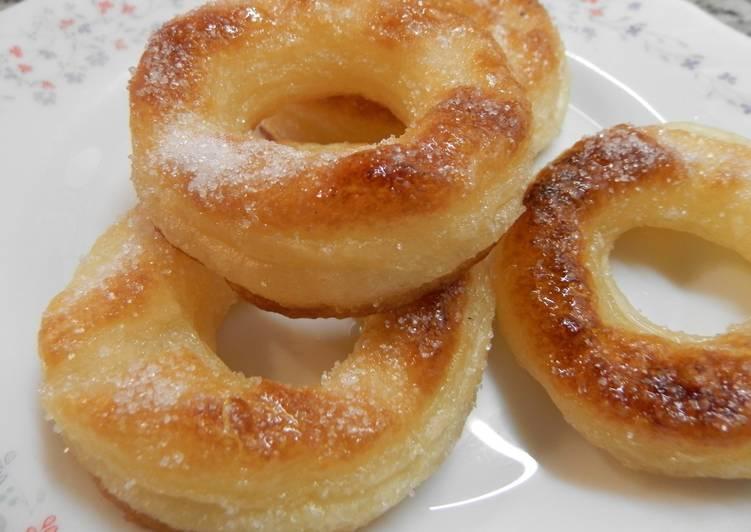 Rosquillas de hojaldre y azúcar