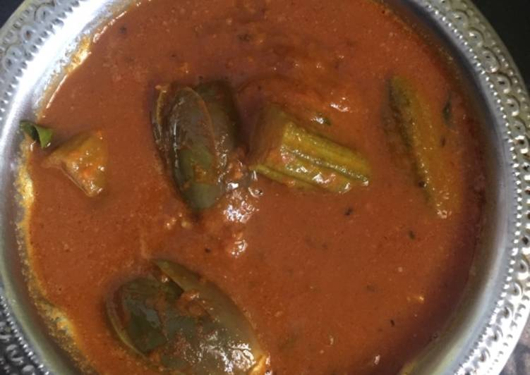 Brinjal and drumstick curry