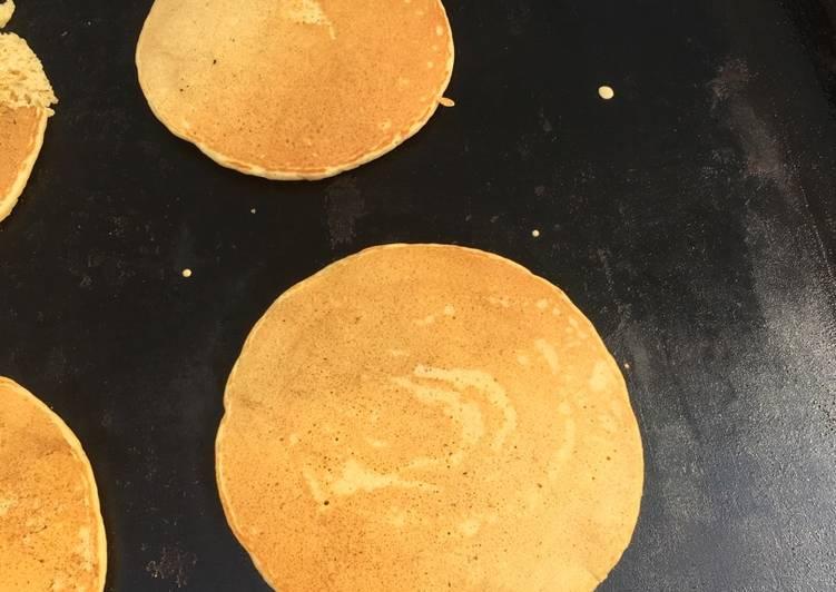 Steps to Make Quick Cornmeal pancakes
