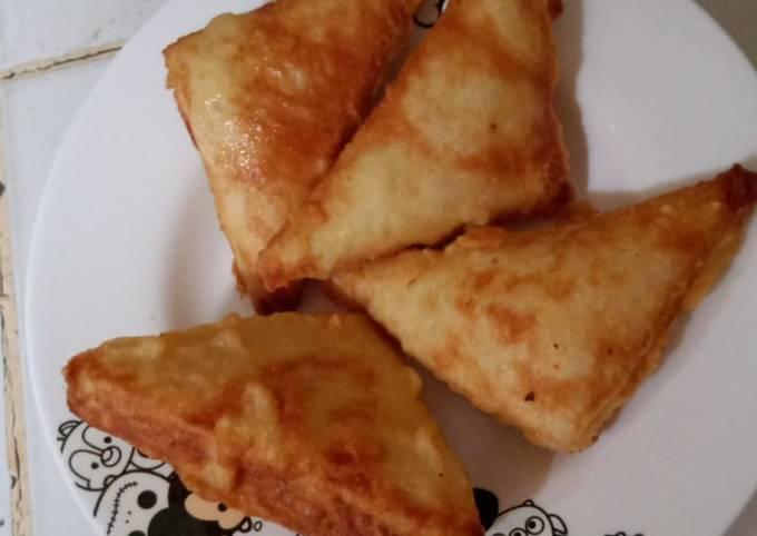 Roti goreng isian bruule