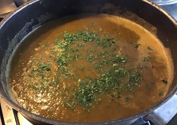Soupe automnale aux poireaux courgettes tomates et concombre