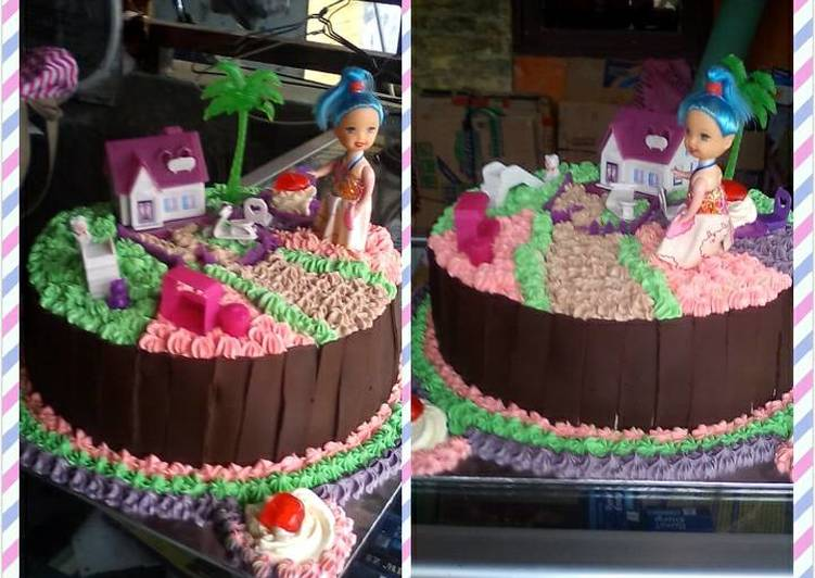 Kue ultah tema rumah barbie - cookandrecipe.com