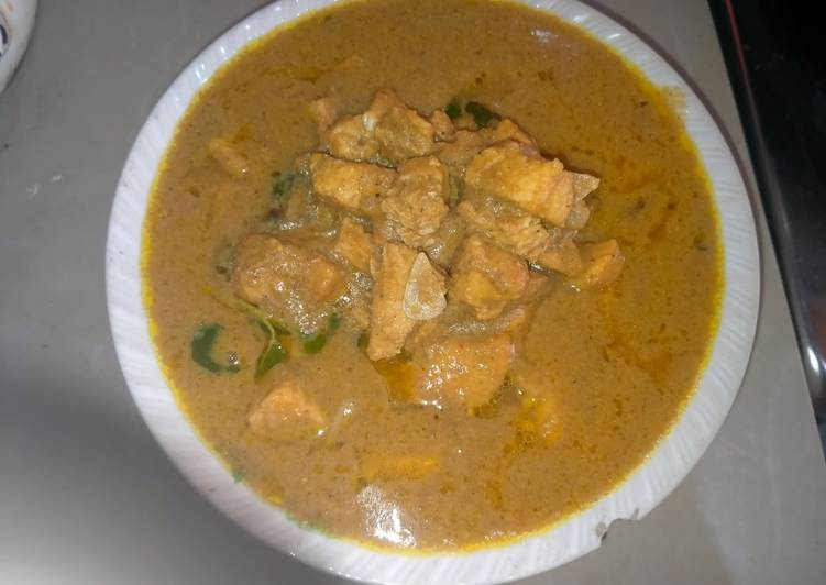 Gulai ikan hiu (masak aceh)