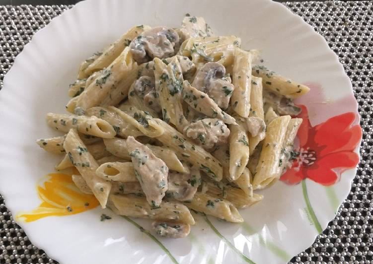 Recipe of Quick Easy creamy chicken mushroom pasta