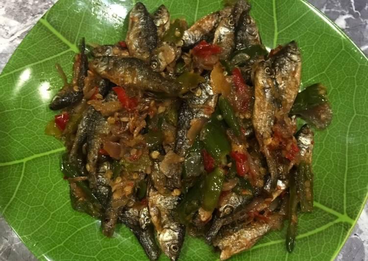 Balado Ikan Bilih/Ikan Bilis Cabe Hijau - Rasanya mirip sama yg dijual di RM padang 🤪