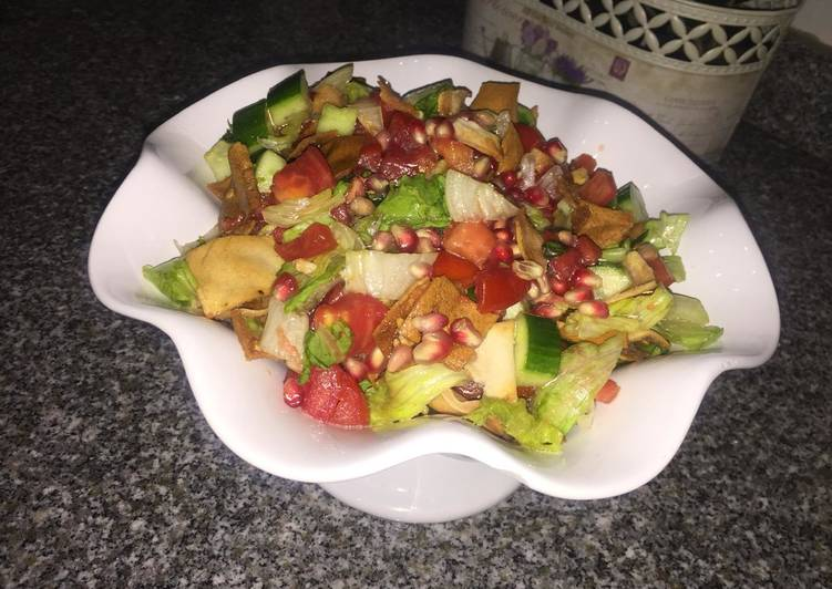 Recipe of Ultimate Fatoush salad